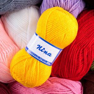 Novelo de lã diversas cores (Nina)
